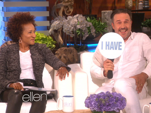 "David Arquette & Wanda Sykes Play ""Never Have I Ever"" With Ellen"