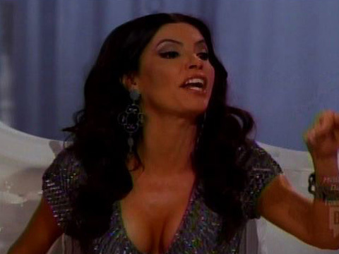 "Adriana de Moura and Joanna Krupa Fight During ""The Real Housewives of Miami"" Reunion"