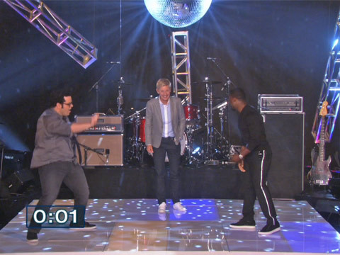 "Kevin Hart and Josh Gad Have a Hilarious Dance-Off on ""Ellen"""