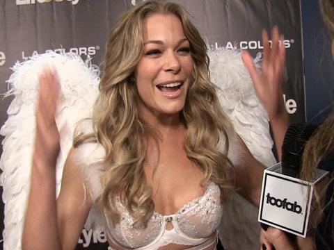 LeAnn Rimes Rocks A Super Sexy Angel Costume, Talks Halloween With Husband Eddie Cibrian…