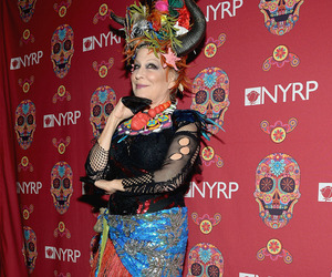 "Bette Midler Looks Just Like Her ""Hocus Pocus"" Character At Halloween Party!"