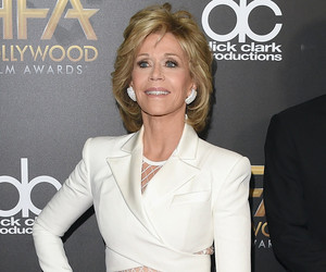 Jane Fonda Stuns at Hollywood Film Awards, Bares Tight Tummy on Red Carpet!