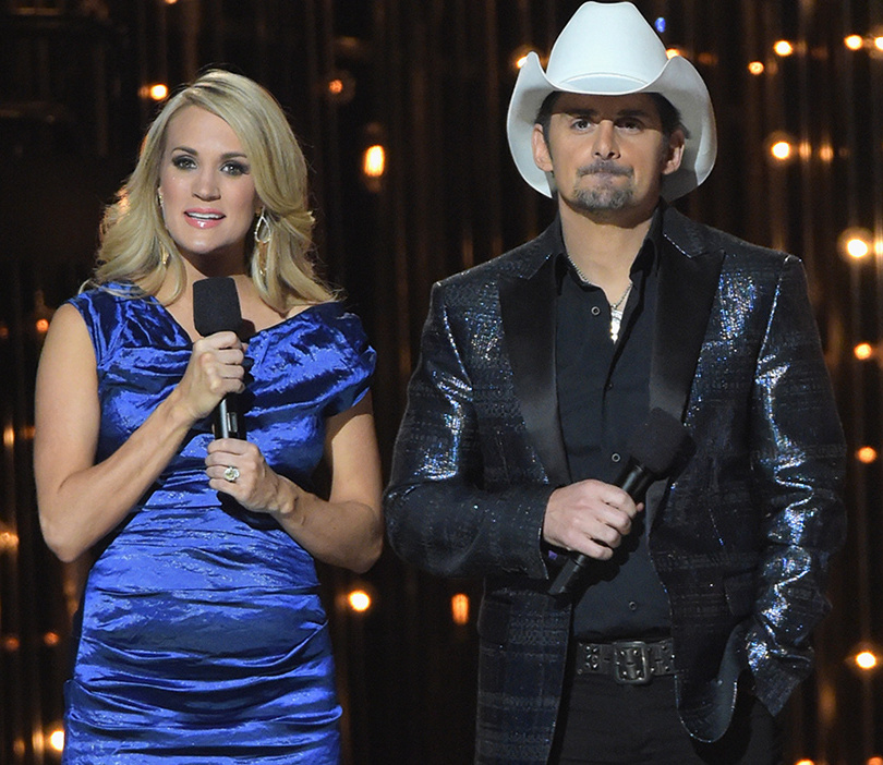 CMA Awards Open with Jokes About Blake Shelton, Josh Duggar & Caitlyn Jenner