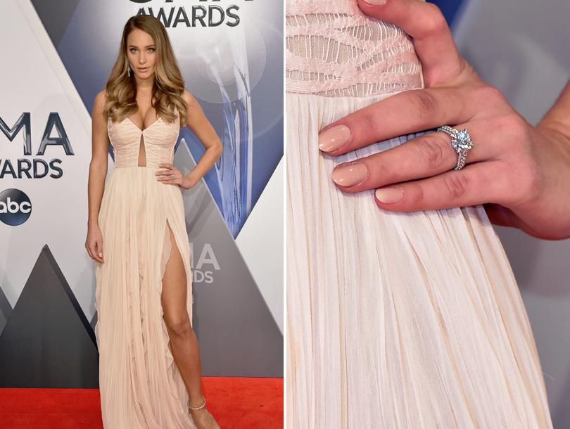 Derek Jeter\'s Fiancee Hannah Davis Flaunts Massive Engagement Ring At 2015  ...