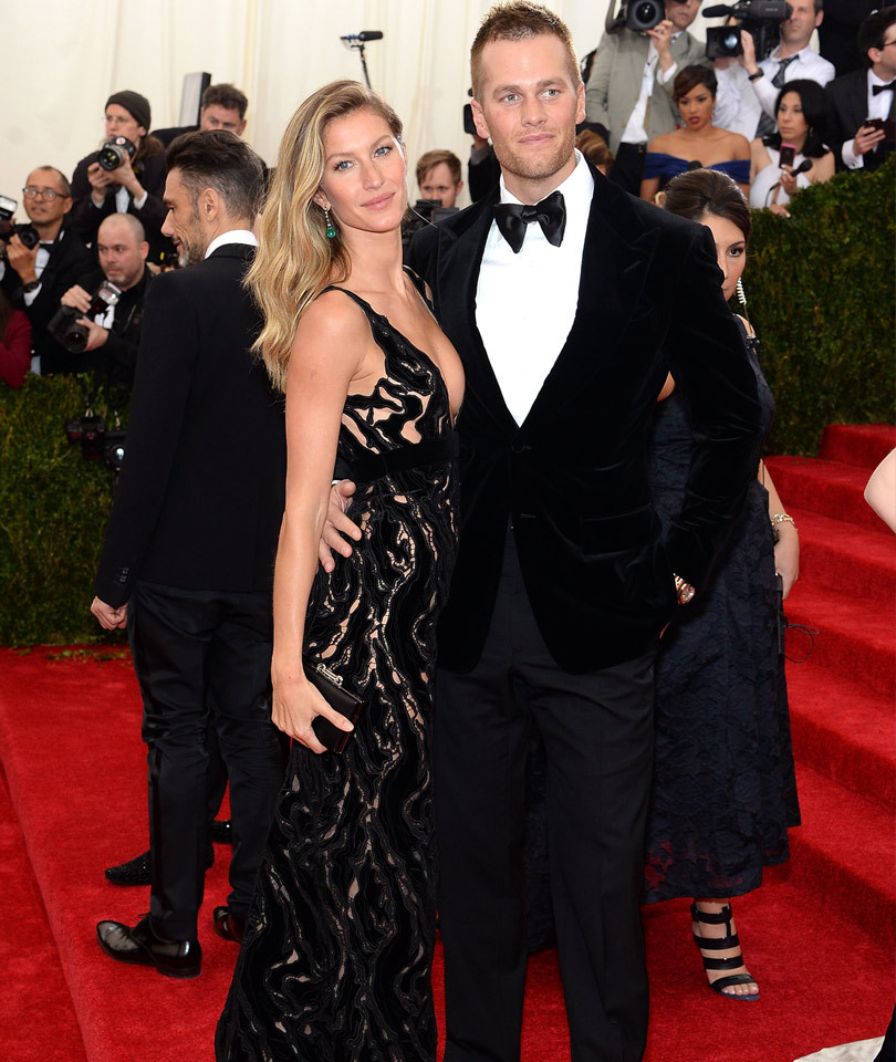 "Gisele Bundchen Reveals She & Tom Brady Have Been Through ""A Few Tough Times"" In Their Marriage"
