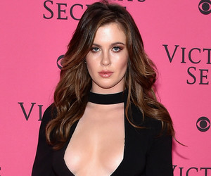 Ireland Baldwin Highlights Major Cleavage at 2015 Victoria's Secret Fashion Show