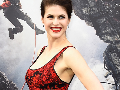 "Alexandra Daddario Cast as Summer In ""Baywatch"" Film -- See Her Hottest Pics!"