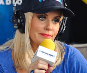 """Jenny McCarthy Says It's """"Scary"""" Charlie Sheen Never Revealed HIV Status to…"""