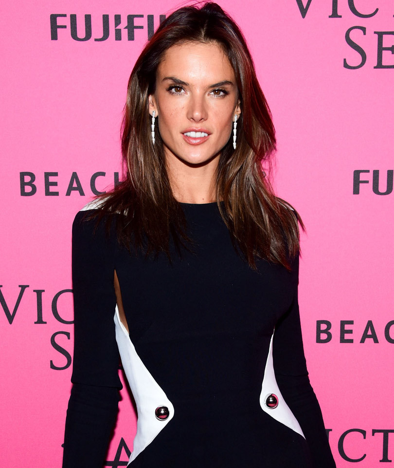 Alessandra Ambrosio Chops Off Her Long Locks, Debuts Short New 'Do!