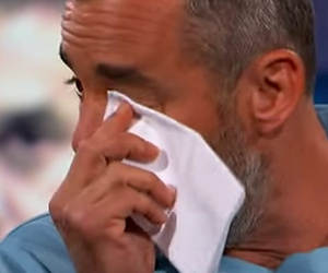 "Nicholas Brendon Breaks Down on ""Dr. Phil"" -- ""I Cut My Wrists with a Steak…"