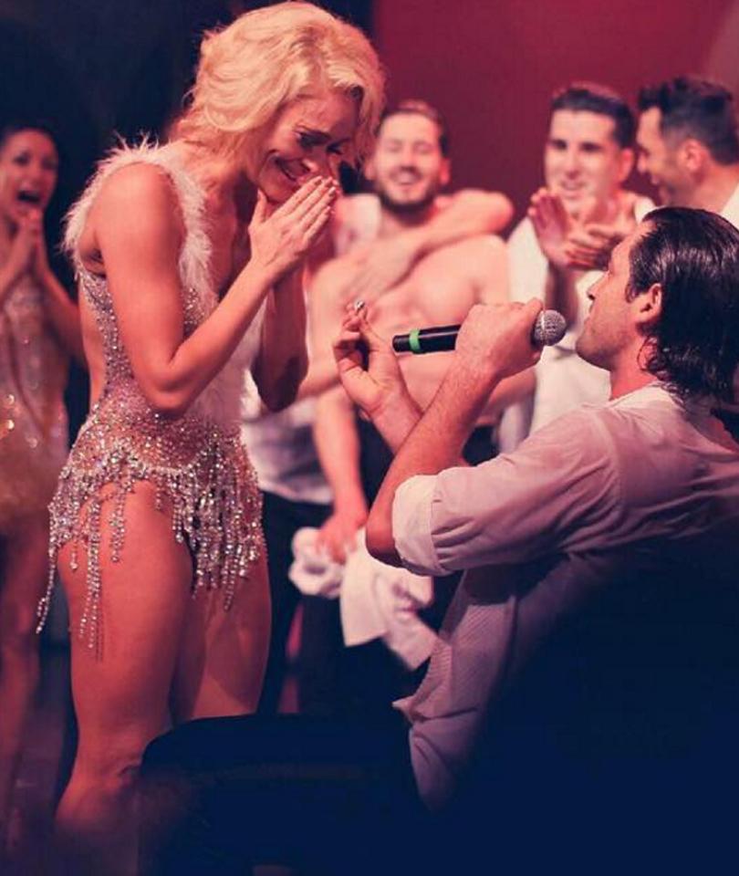 Maksim Chmerkovskiy & Peta Murgatroyd Are Engaged -- See the Ring!