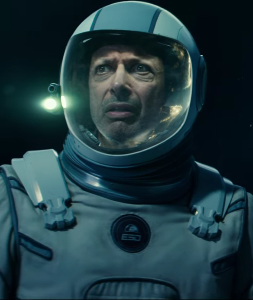 "Jeff Goldblum and Those Nasty Aliens Return In ""Independence Day: Resurgence""…"