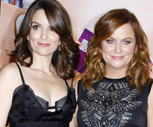 """Sisters"" Stars Tina Fey & Amy Poehler: ""Our Relationship Is As Old as…"
