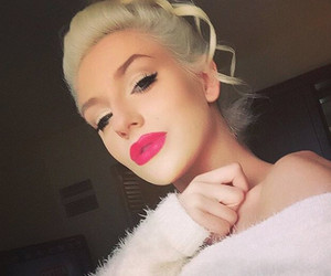 Courtney Stodden Is Unrecognizable Without Makeup -- See Shocking Makeunder!