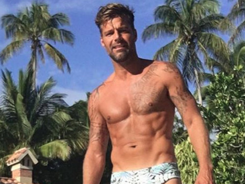 No Dad Bod Here! Ricky Martin Flaunts Hot Physique In Speedo, Shares Rare Photos of His…