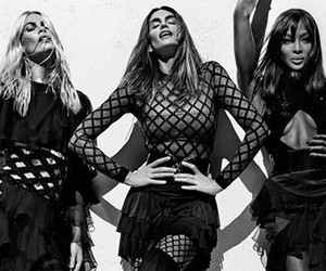 '90s Supermodels Cindy Crawford, Naomi Campbell & Claudia Schiffer Slay In…