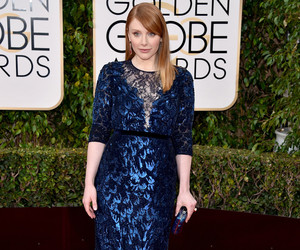Bryce Dallas Howard Bought Her Golden Globes Gown Straight Off-the-Rack!