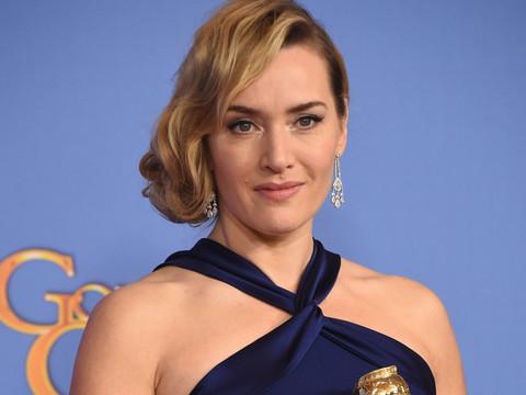 "Kate Winslet Reunites With ""Titanic"" Costar Leonardo DiCaprio After Her Golden Globes Win"