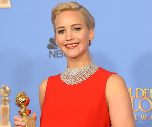 The Internet Has a Bone to Pick with Jennifer Lawrence for Being Rude to a Reporter!