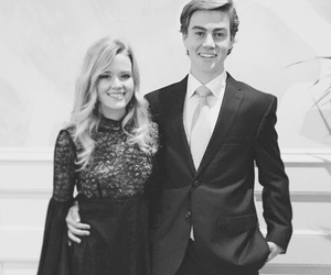 Reese & Ryan's Daughter, 16-Year-Old Ava Phillippe, Looks Adorable at…