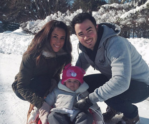 Kevin & Danielle Jonas' Daughter Alena Goes Sledding During Winter Storm…