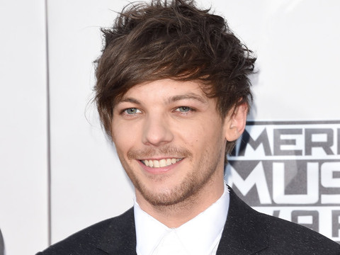 Louis Tomlinson Shares First Photo of Adorable Son, Freddie Reign