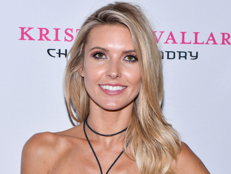 Audrina Patridge Shows Off Growing Baby Bump in New Selfie!