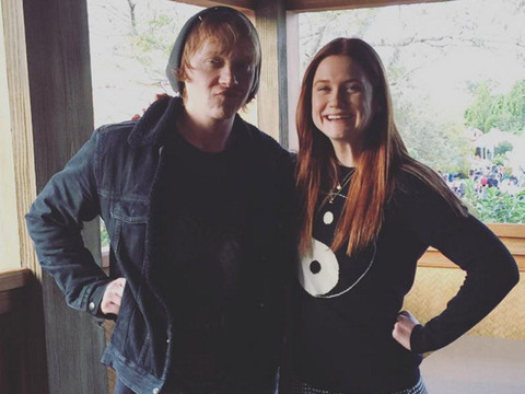 """""""Harry Potter"""" Stars Rupert Grint & Bonnie Wright Have One Adorable Weasley Family…"""