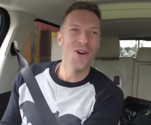 "Chris Martin & James Corden Honor David Bowie In New ""Carpool Karaoke"" Video"