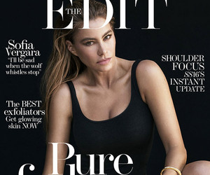 """Sofia Vergara Wants a Breast Reduction ... Someday: I Don't Want to Look """"Like…"""
