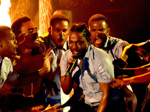 Kendrick Lamar's Powerful Grammy Performance Has Everyone Talking