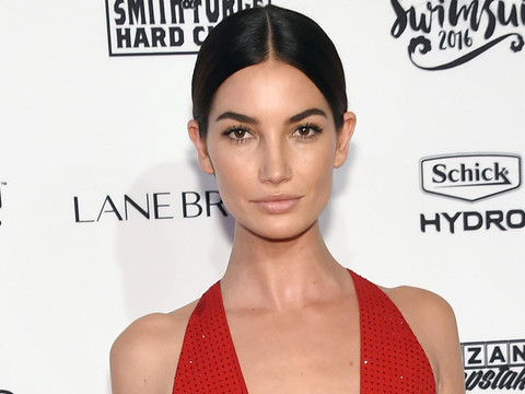 Dueling Dresses: Who Wore It Better Lily Aldridge or Bella Hadid?!