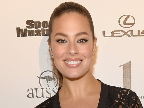 Ashley Graham Flaunts Her Killer Curves as SI Swimsuit 2016 Event In Miami
