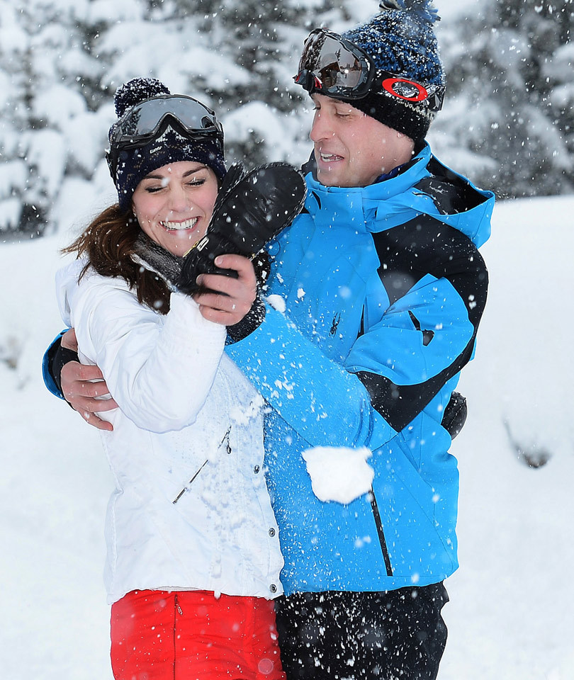 These Skiing Photos of Prince George & Princess Charlotte Are Unbelievably…