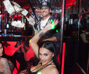 Kevin Federline Celebrates His Birthday with Strippers and His Wife -- See…