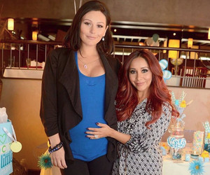 "JWoww Returns to the Jersey Shore For Her Surprise ""Baby Sprinkle"""
