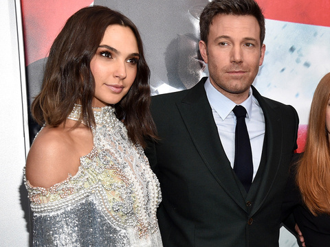 "See Wonder Woman, Batfleck & More at ""Batman v. Superman"" Red Carpet Premiere"