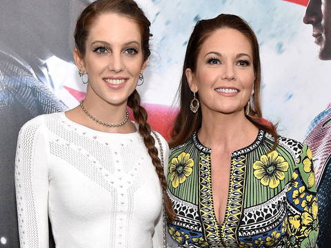 "Diane Lane Brings Gorgeous Daughter Eleanor to ""Batman v. Superman"" Premiere"