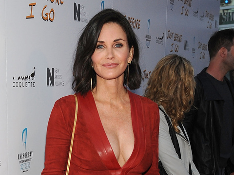 Courteney Cox Goes Makeup-Free As She's Named New Contributing Editor For XOJane.com!