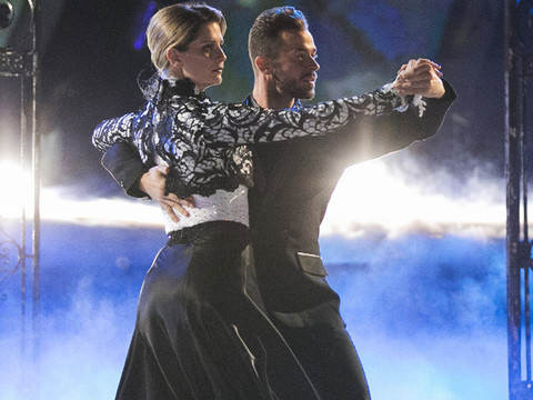 """Mischa Barton Gets Disappointing Reviews in """"Dancing With the Stars"""" Debut -- But See Who…"""