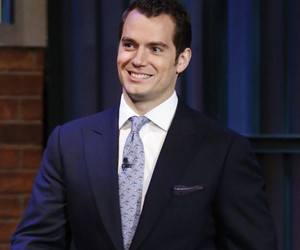 Henry Cavill Was Naked in a Hotel Lobby and Nobody Got a Photo
