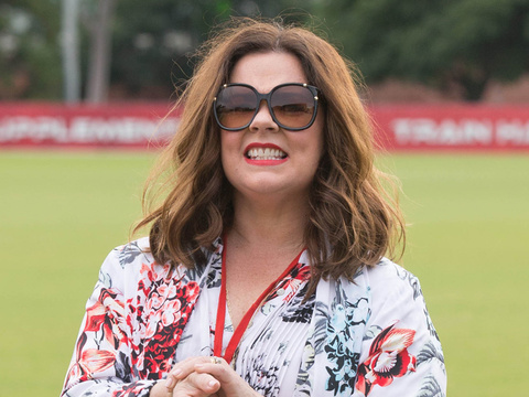 Melissa McCarthy Plays Australian Football In Skinny Jeans Post 50-Pound Weight Loss!