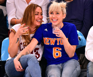 Miley Cyrus Flashes Her Engagement Ring at the Knicks Game -- Gets Embarrassed…