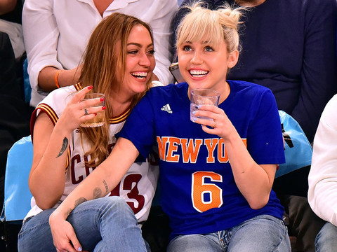 Miley Cyrus Flashes Her Engagement Ring at the Knicks Game -- Gets Embarrassed on the…