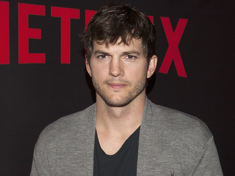 "Ashton Kutcher Reveals The One Thing He ""Isn't Ready"" to Give Daughter Wyatt"