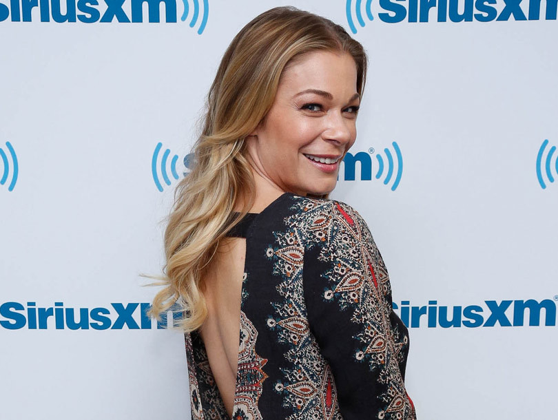 """LeAnn Rimes Flaunts Booty on """"Tight Tush Tuesday"""" -- See Her Butt-Busting…"""