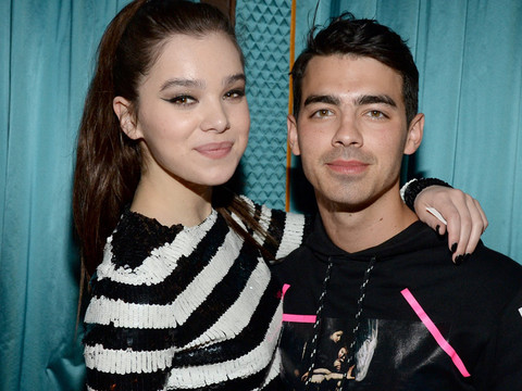 Joe Jonas Pranks Hailee Steinfeld By Pretending to Be a Creepy Fan -- He Wants Her…