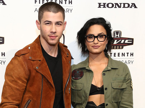 Demi Lovato and Nick Jonas Give Surprise Performance at Children's Hospital