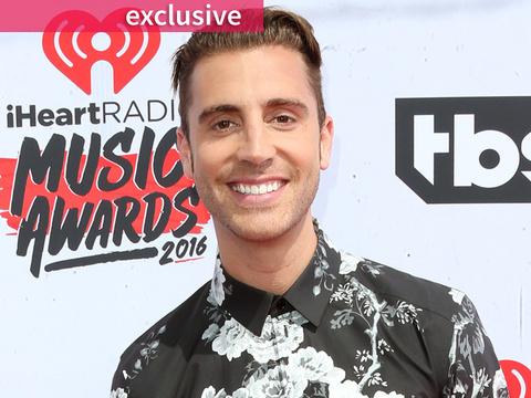 """American Idol"" Winner Nick Fradiani & More Stars Reveal Go-To Karaoke Songs -- Then…"
