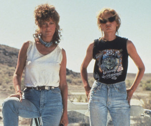 """Thelma & Louise"" Reunite 25 Years Later -- as Susan Sarandon Says Her Character…"